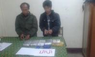 Bắt 2 người Lào, thu giữ 30.000 viên  ma túy tổng hợp