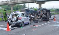 Tài xế bất cẩn gây tai nạn chết người trên cao tốc Trung Lương