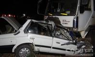 Không làm chủ tay lái, cán bộ trung tâm quỹ đất tông vào xe tải tử vong