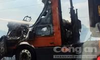 Xe container ngùn ngụt lửa trên cao tốc TPHCM – Long Thành – Dầu Giây