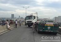 Container chắn làn ô tô, hàng ngàn phương tiện trên cầu Phú Mỹ nối đuôi 3km