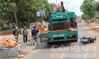 Xe tải vượt ẩu gây tai nạn, hai cô gái bị thương nặng