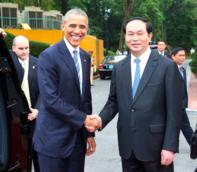 Tổng thống Obama và Chủ tịch nước Trần Đại Quang chứng kiến Vietjet air mua 100 máy bay Boeing