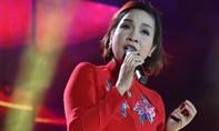Diva Mỹ Linh hát Quốc ca trước Tổng thống Barack Obama