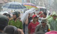 Hàng vạn người dân TP.HCM đón Tổng thống Mỹ Barack Obama