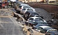 Tai nạn sụp đường 'không tưởng' ở Ý