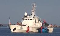 Cảnh sát biển cứu tàu ngư dân trôi dạt trên biển đưa vào bờ