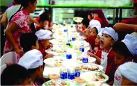 Gần 400 trẻ em có hoàn cảnh đặc biệt vui chơi tại siêu thị LOTTE Mart