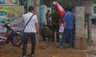 Người phụ nữ bán vé số ho hộc máu chết trên đường phố Sài Gòn
