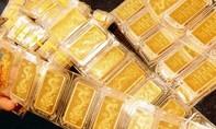 Giá vàng giảm gần nửa triệu đồng/lượng