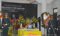 Đồng đội tiễn phi công Trần Quang Khải về đất mẹ