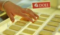 Nhà đầu tư trong nước tiếp tục bán tháo vàng