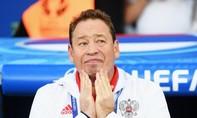 HLV Nga đề nghị từ chức sau trận thua bạc nhược trước xứ Wales