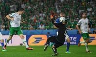 Italia - Cộng hoà Ireland (0-1): Mở toang cánh cửa