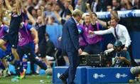 Hodgson từ chức HLV đội tuyển Anh sau thất bại ở Euro