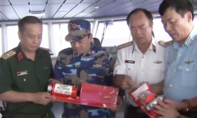 Vớt được hộp đen CASA-212 và tìm thấy 2 thi thể thành viên phi hành đoàn