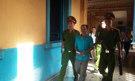Vụ chai nước có ruồi: Tân Hiệp Phát vắng mặt, tòa không thể xử