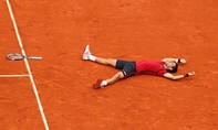 Nole lần đầu vô địch Roland Garros