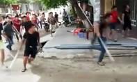 Hàng chục thanh niên vào nhà truy sát một gia đình 'như phim' ở Phú Thọ