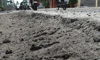 Công trình xây dựng bờ kè chống sạt lở gây lún đường