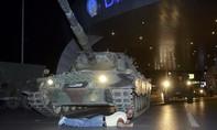 Thổ Nhĩ Kỳ hỗn loạn vì đảo chính, nhiều người thương vong