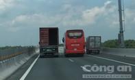 Tước giấy phép lái xe 30 ngày đối với tài xế vượt trên làn dừng khẩn cấp cao tốc
