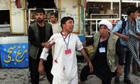 Đánh bom trong đoàn người biểu tình tại Afganishtan, gần 300 người thương vong