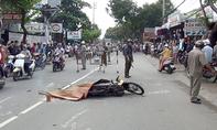 Xe cứu thương tông chết người rồi bỏ trốn ở Sài Gòn