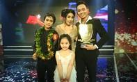Chàng trai phụ hồ đăng quang Cười xuyên Việt 2016