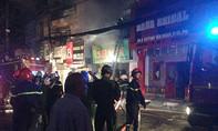 Cháy nhà 3 tầng lúc rạng sáng, cả gia đình thoát chết