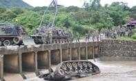 Xe tăng rơi xuống sông, 3 binh sĩ thiệt mạng