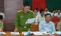 Phóng viên VTV dàn dựng phóng sự phá rừng
