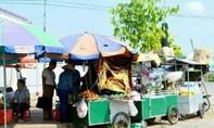 Đội phó Quy tắc đô thị nhận tiền 'bảo kê' người bán hàng rong