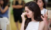 Hoa hậu Thu Thảo bật khóc trước phần thi Tài năng của thí sinh HHVN