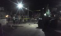 Xe máy tông vào máy xúc, 2 học sinh tử vong tại chỗ