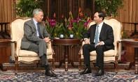 Thủ tướng Singapore Lý Hiển Long đăng ảnh hội đàm với Chủ tịch nước Trần Đại Quang trên Facebook
