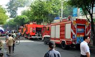 Cháy kho hàng của Co.opmart ở Sài Gòn, tiểu thương hoảng loạn