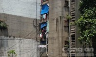 Sự xuống cấp 'không tưởng' của chung cư 50 năm tuổi ở Sài Gòn