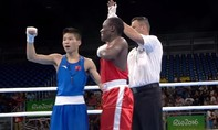 Võ sỹ Trung Quốc bị 'hớ' khi ăn mừng chức vô địch quá sớm