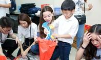 Sao Việt nô nức đi làm từ thiện mùa Trung thu