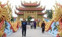 Clip: Khám phá nhà thờ Tổ trăm tỷ của nghệ sĩ Hoài Linh