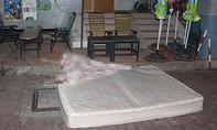 Dọa mẹ tự sát, cô gái rơi từ lầu 11 xuống đất tử vong
