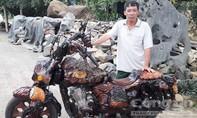 Chiếc mô tô phân khối lớn bằng gỗ độc nhất vô nhị tại Lâm Đồng
