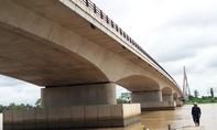 Thuê xe ôm lên cầu Cầu Thơ tự vẫn