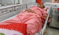 Tranh chấp đất, vợ chồng con trai đánh bố chấn thương sọ não
