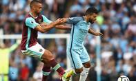 'Chơi bẩn', Aguero bị cấm thi đấu trận Derby thành Manchester