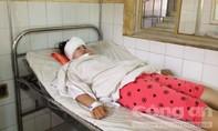 Hy hữu nữ sinh bị đèn cao áp rơi trúng đầu lúc tan trường