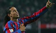 Barca ký hợp đồng lần hai với 'Ảo thuật gia' Ronaldinho