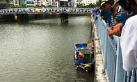 Xác người đàn ông cao tuổi nổi trên kênh Nhiêu Lộc - Thị Nghè