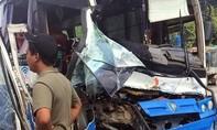 Một tài xế xe tải can đảm cứu xe khách mất phanh